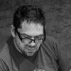 Créateur lumière En 1987, il débute comme technicien plateau dans les théâtres de Troyes où il devient régisseur lumière en 1993. En 2002, il est nommé directeur technique du Théâtre de la Madeleine – Scène conventionnée de Troyes. Depuis 2004, en parallèle, il collabore avec différentes compagnies régionales en tant que créateur lumière : Compagnie Spokoïno, Emile ou la couleur du vent (2004),  L'usine (2007), Leur vie est un roman (2009), Le caporal, le lieutenant et son cheval (2014) / Compagnie Alliage Théâtre : Huis Clos (2012), L'amour médecin (2013), Gope (2014) / Compagnie Accord des nous : De Baroque à barré (2012), La catcheuse et le danseur (2012), effervescente n°7 (2014), Rose et l'automate de l'opéra (2015), Dialogue du corps (2016/2017), Pulse (2018).  Photo_Éric Lamy