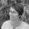Administratrice  Valérie accompagne administrativement la compagnie depuis sa création. Elle est à l'initiative de la création du GECA, groupement d'employeurs culturels et artistiques. Elle collabore  aussi bien avec des compagnies (Cie Papier Théâtre, Cie Demain il fera jour, Cie La Strada…) que des lieux (La Madeleine – Scéne conventionnée de Troyes, La MJC d'Aÿ). Diplômée en études comptables et financières, elle a également une formation d'administrateur d'un lieu de diffusion culturel ce qui lui permet d'accompagner pleinement ces compagnies et ces structures afin qu'elles s'épanouissent et rayonnent pleinement dans le paysage culturel régional, national et international.